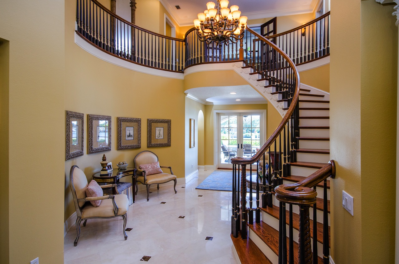Staircases are big deal in atlanta homes gold lens media - Ideal staircase ideas small interiors ...